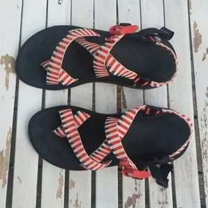 Chaco Z/Cloud 2 Sandals women's 7 red blue white